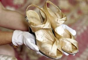 rafael-matias-zapatos-reina