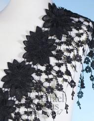 Cenefa negra con flores
