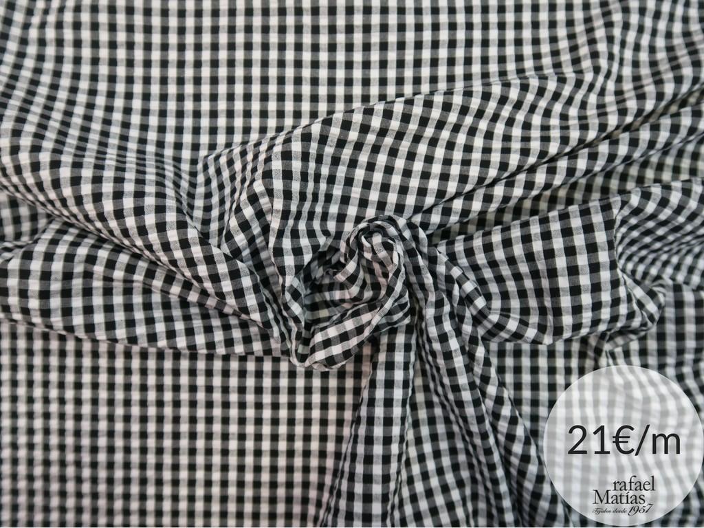 Ref 677.716 Tela vichy seersucker blanco y nego