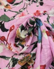 Tela algodón rosa estampado mariposa