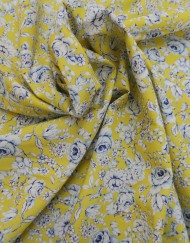 Tela popelín flor grande amarilla