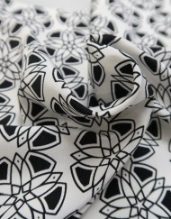 Tela crep seda estampado geométrico
